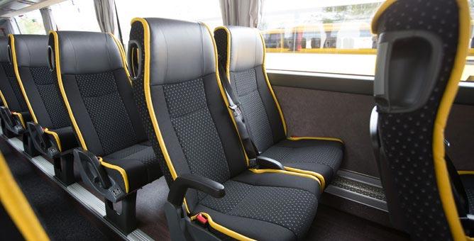 komfort an bord ein vergleich der busunternehmen. Black Bedroom Furniture Sets. Home Design Ideas
